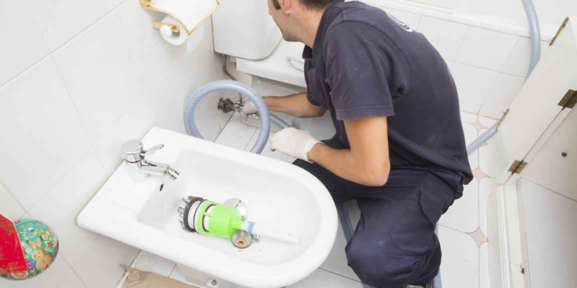 Limpieza de tuberías de abastecimiento y calefacción