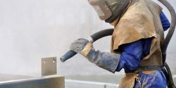 Limpieza de fachadas con chorro de arena